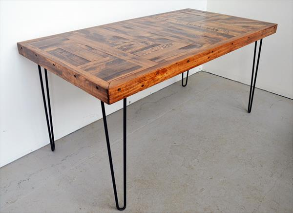 Diy Pallet Wood Dining Table With Steel Legs